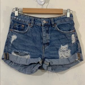 Divided H&M distressed light wash jean shorts